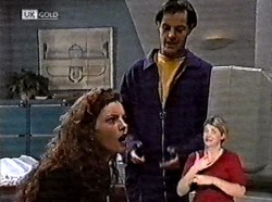 Gaby Willis, Rick Alessi in Neighbours Episode 2211
