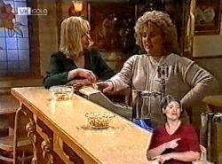 Annalise Hartman, Cheryl Stark in Neighbours Episode 2212