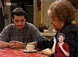 Sam Kratz, Marlene Kratz in Neighbours Episode 2213