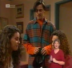 Gaby Willis, Rick Alessi, Cody Willis in Neighbours Episode 2215