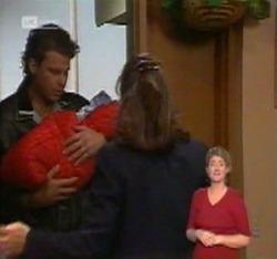 Jack Flynn, Zac Willis, Pam Willis in Neighbours Episode 2215