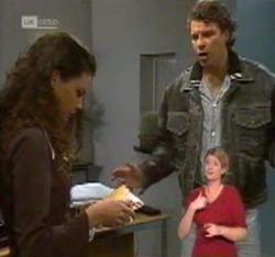 Gaby Willis, Jack Flynn in Neighbours Episode 2215