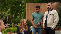 Roxy Willis, Harlow Robinson, Levi Canning, Kyle Canning in Neighbours Episode 8658