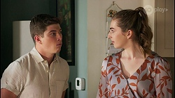 Hendrix Greyson, Mackenzie Hargreaves in Neighbours Episode 8660
