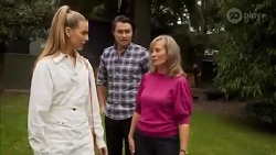 Chloe Brennan, Leo Tanaka, Jane Harris in Neighbours Episode 8662