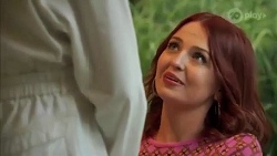 Chloe Brennan, Nicolette Stone in Neighbours Episode 8662