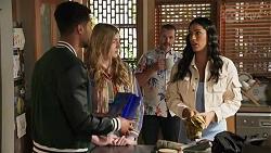 Levi Canning, Mackenzie Hargreaves, Toadie Rebecchi, Yashvi Rebecchi in Neighbours Episode 8663
