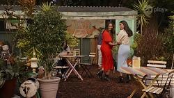 Dipi Rebecchi, Yashvi Rebecchi in Neighbours Episode 8663