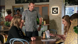Melanie Pearson, Toadie Rebecchi, Mackenzie Hargreaves, Hendrix Greyson in Neighbours Episode 8673