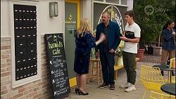 Sheila Canning, Karl Kennedy, Hendrix Greyson in Neighbours Episode 8675