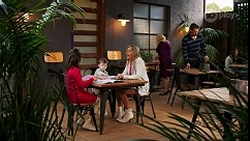 Nell Rebecchi, Hugo Somers, Amy Greenwood, Sheila Canning in Neighbours Episode 8678