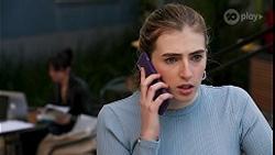 Nora Ahmadi, Mackenzie Hargreaves in Neighbours Episode 8678