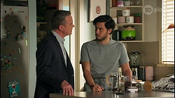Paul Robinson, David Tanaka in Neighbours Episode 8679