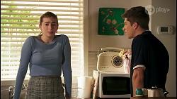 Mackenzie Hargreaves, Hendrix Greyson in Neighbours Episode 8679