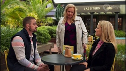 Kyle Canning, Sheila Canning, Roxy Willis in Neighbours Episode 8679