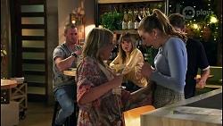 Melanie Pearson, Mackenzie Hargreaves, Hendrix Greyson in Neighbours Episode 8679