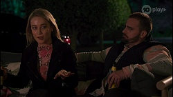 Roxy Willis, Kyle Canning in Neighbours Episode 8679