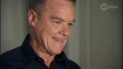 Paul Robinson in Neighbours Episode 8680