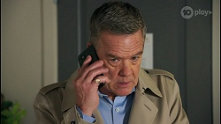 Paul Robinson in Neighbours Episode 8681