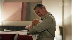 Isla Tanaka-Brennan, Paul Robinson in Neighbours Episode 8681