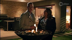Paul Robinson, Terese Willis in Neighbours Episode 8682