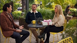 Leo Tanaka, Kyle Canning, Roxy Willis in Neighbours Episode 8682