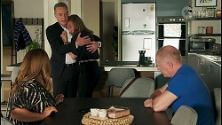 Terese Willis, Paul Robinson, Jane Harris, Clive Gibbons in Neighbours Episode 8682