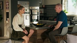 Chloe Brennan, Clive Gibbons in Neighbours Episode 8688