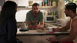 Evelyn Farlow, Kyle Canning, Levi Canning in Neighbours Episode 8691