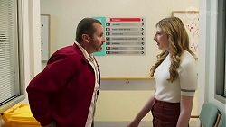 Toadie Rebecchi, Mackenzie Hargreaves in Neighbours Episode 8691