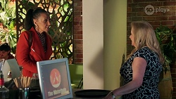 Evelyn Farlow, Sheila Canning in Neighbours Episode 8691