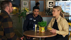 Kyle Canning, Levi Canning, Roxy Willis in Neighbours Episode 8704