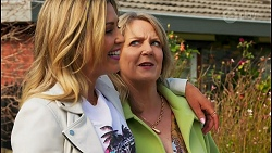 Amy Greenwood, Melanie Pearson in Neighbours Episode 8708