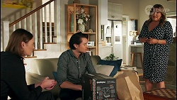 Britney Barnes, Leo Tanaka, Terese Willis in Neighbours Episode 8710