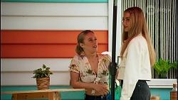 Roxy Willis, Chloe Brennan in Neighbours Episode 8710