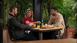 Ned Willis, Amy Greenwood, Levi Canning in Neighbours Episode 8710