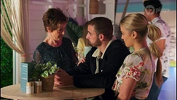 Susan Kennedy, Kyle Canning, Roxy Willis in Neighbours Episode 8710