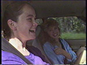 Kelly Morgan, Charlene Mitchell in Neighbours Episode 0408