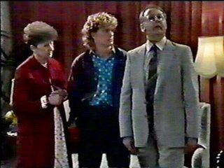 Nell Mangel, Henry Ramsay, Harold Bishop in Neighbours Episode 0552