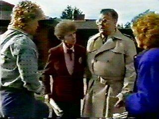 Henry Ramsay, Nell Mangel, Harold Bishop, Madge Bishop in Neighbours Episode 0552