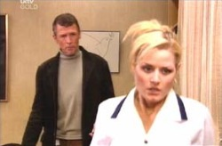 Dee Bliss, Martin Cook in Neighbours Episode 4132