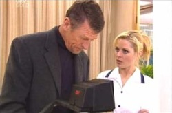 Martin Cook, Dee Bliss in Neighbours Episode 4132