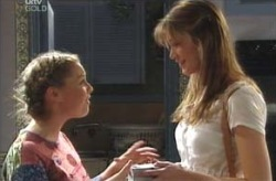 Michelle Scully, Nina Tucker in Neighbours Episode 4133