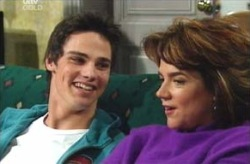 Jack Scully, Lyn Scully in Neighbours Episode 4133