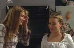 Nina Tucker, Michelle Scully in Neighbours Episode 4134