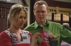 Steph Scully, Max Hoyland in Neighbours Episode 4135