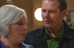 Max Hoyland, Rosie Hoyland in Neighbours Episode 4135