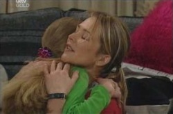 Steph Scully, Summer Hoyland in Neighbours Episode 4135