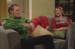 Max Hoyland, Steph Scully in Neighbours Episode 4135