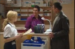 Dee Bliss, Darcy Tyler, Martin Cook in Neighbours Episode 4137